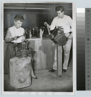 Students silversmithing, School for American Craftsmen, Rochester Institute of Technology