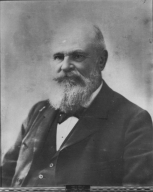 Ezra R. Andrews