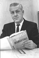 Raymond Van Deben