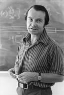 Dr. Neville Rieger