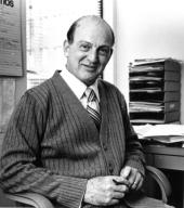 Dr Austin Bonis