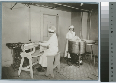 Students learn laundry operations, Practice House, Rochester Athenaeum and Mechanics Institute