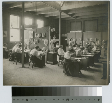 Clay modeling class, Department of Applied and Fine Arts, Rochester Athenaeum and Mechanics Institute