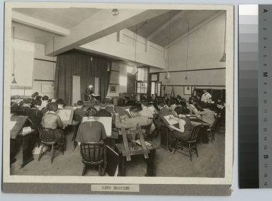Academics, art and design. Rochester Athenaeum and Mechanics Institute life drawing class, [1915-1925]