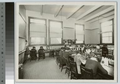 Academics, biology, women's bacteriology class, [1900-1912]