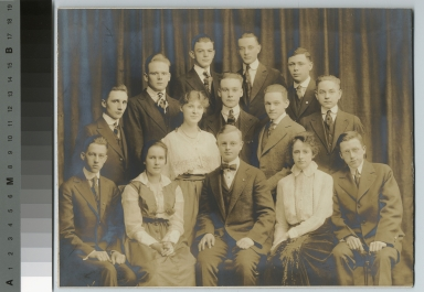 Academics, class photo, group portrait of Rochester Athenaeum and Mechanics Institute students, [1915-1920]