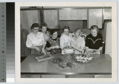 Advanced cookery students, Rochester Institute of Technology [1945-1960]