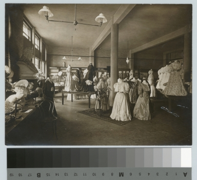 Exhibit of dressmaking and millinery, Rochester Athenaeum and Mechanics Institute [1905]