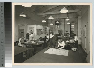 Students in dressmaking class, Department of Household Arts and Science, Rochester Athenaeum and Mechanics Institute [1930-1940]