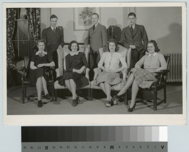 Group portrait, Retailing Department, Rochester Athenaeum and Mechanics Institute