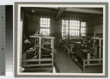 Students weaving textiles, Department of Applied and Fine Arts, Rochester Athenaeum and Mechanics Institute