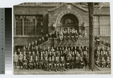 Class photograph, unidentified students in front of the Bevier Building, Rochester Athenaeum and Mechanics Institute