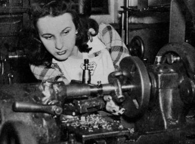 Female Student, Mechanical Department.