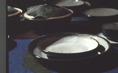 Set of ceramic dishware