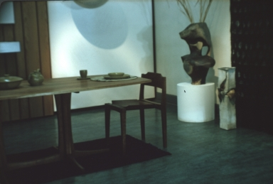 Exhibition of pieces for a dining room