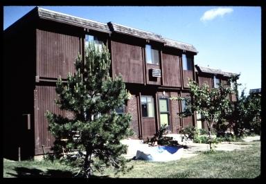 Riverknoll apartment complex