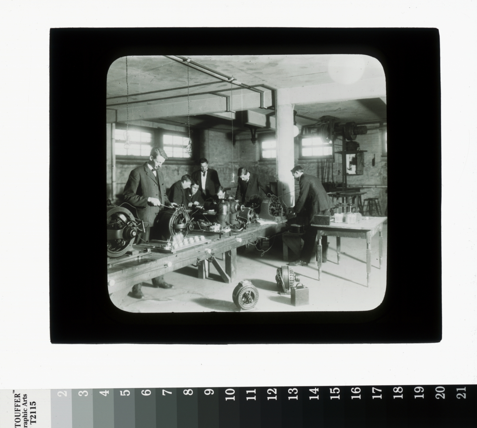 Electrical shop, Department of Industrial Arts, Rochester Athenaeum and Mechanics Institute
