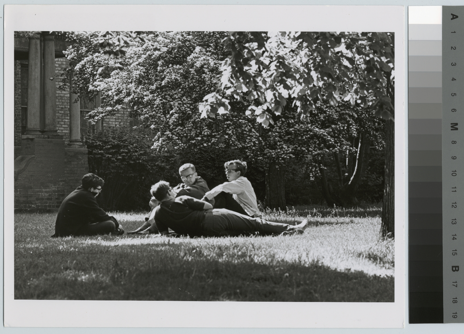 Unidentified students, grounds of School for American Craftsmen, Rochester Institute of Technology Downtown Campus