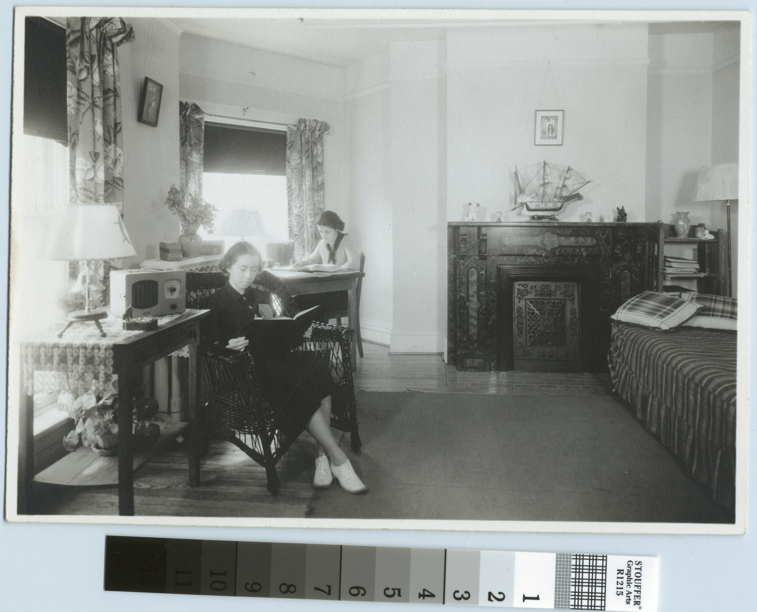 Students studying, Jenkinson Apartments, Rochester Athenaeum and Mechanics Institute