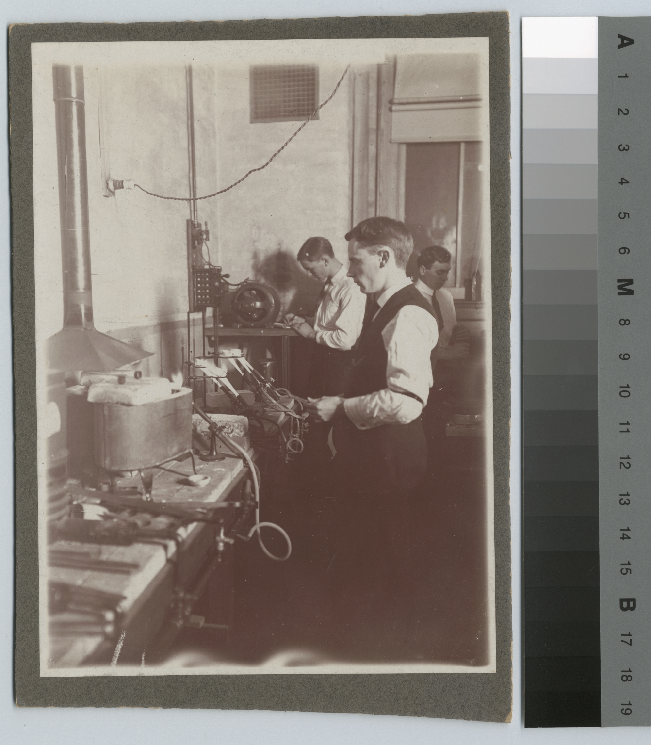 Academics, Chemistry, A Rochester Athenaeum and Mechanics Institute chemstry laboratory, [1891-1920]