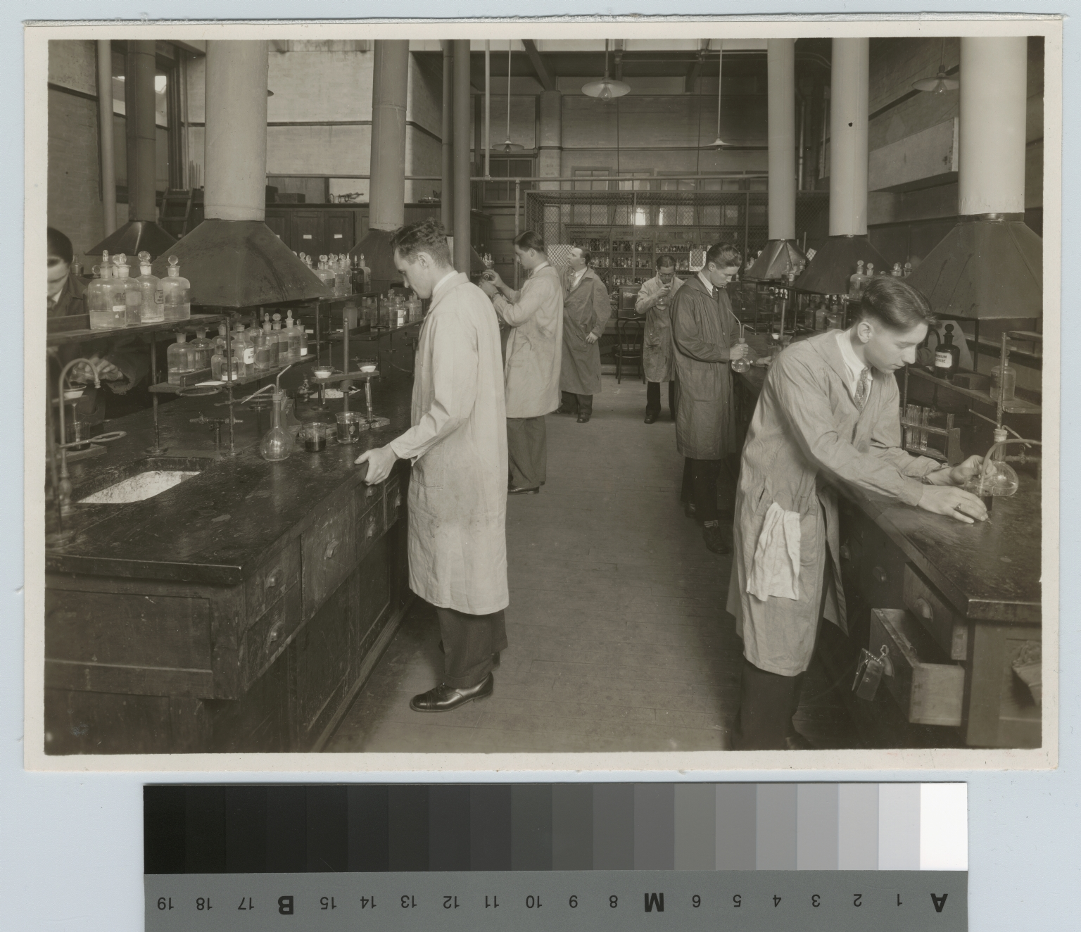 Academics, chemistry, Rochester Athenaeum and Mechanics Institute chemistry laboratory with male students working on experiments, [1927-1928]