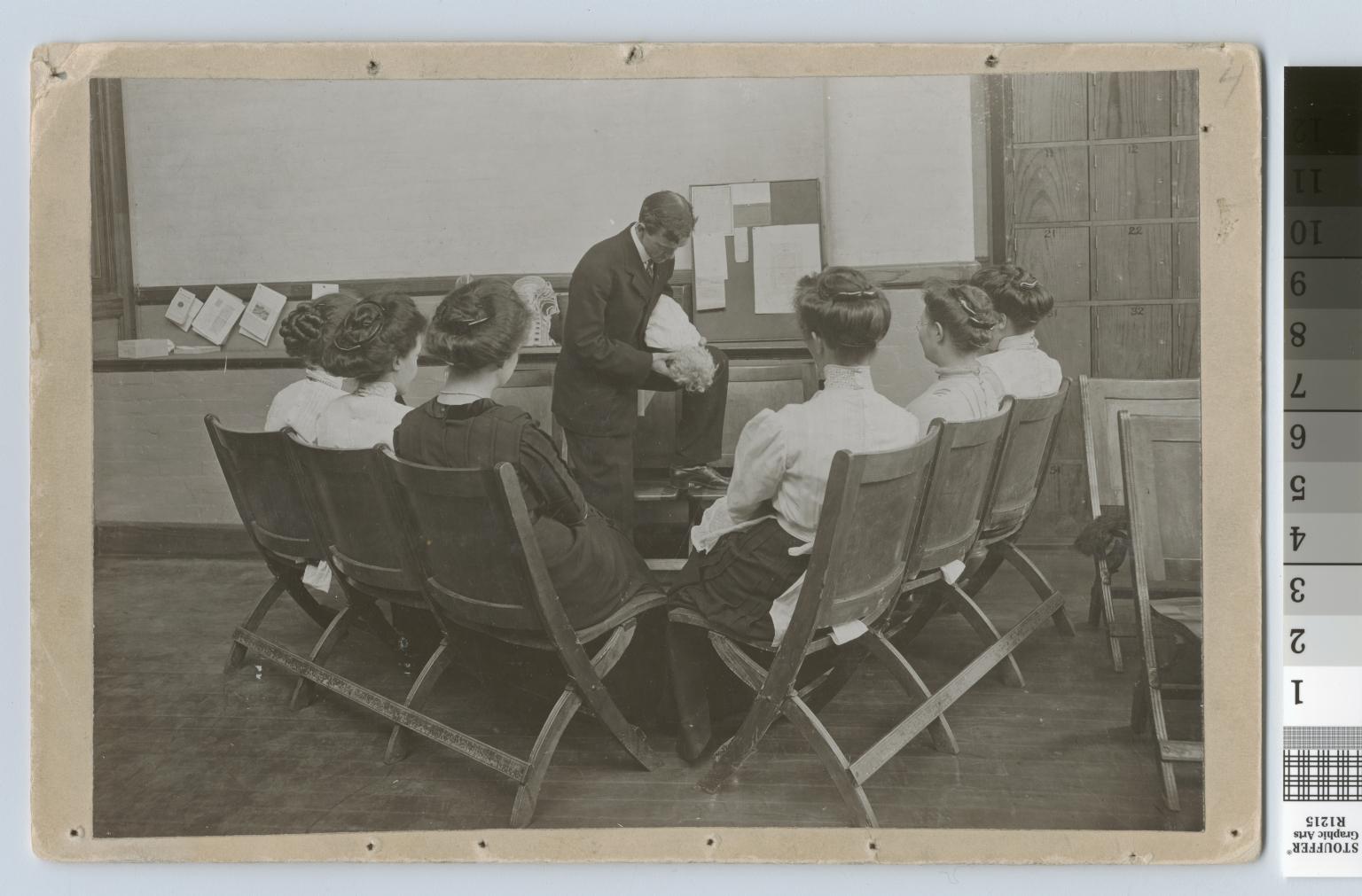 Choking prevention demonstration, Rochester Athenaeum and Mechanics Institute [1901-1915]