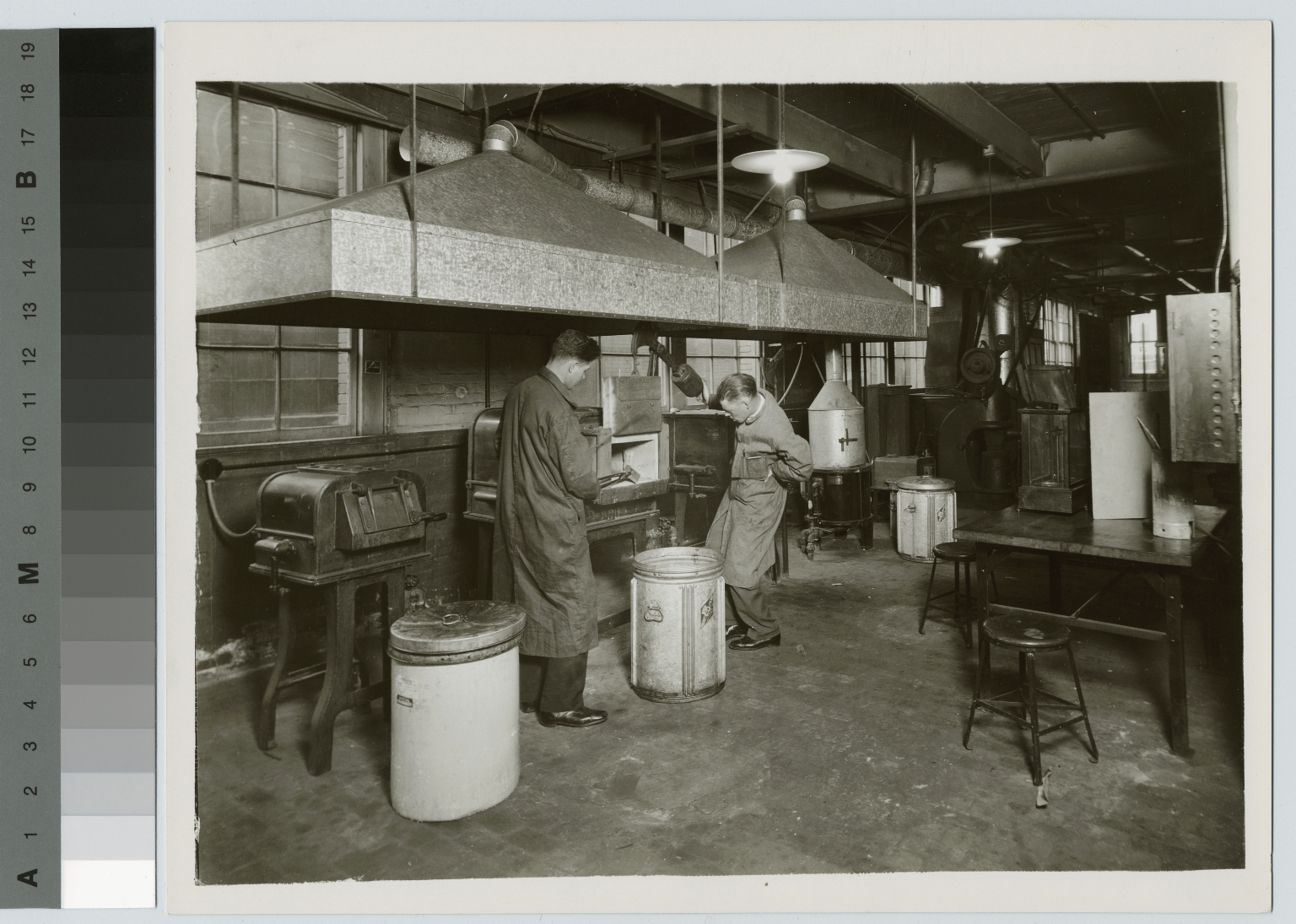 Heat treating process, School of Industrial Arts, Rochester Athenaeum and Mechanics Institute [1920-1930]