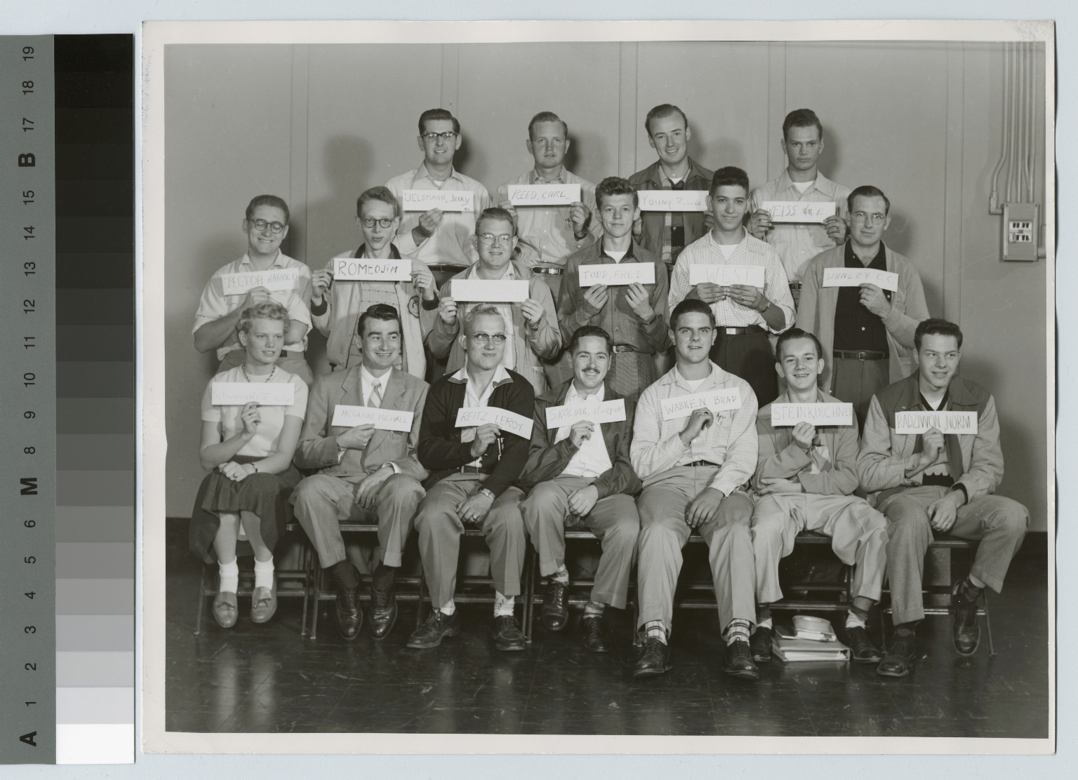 Group portrait, incoming freshmen, Department of Photographic Technology, Rochester Institute of Technology