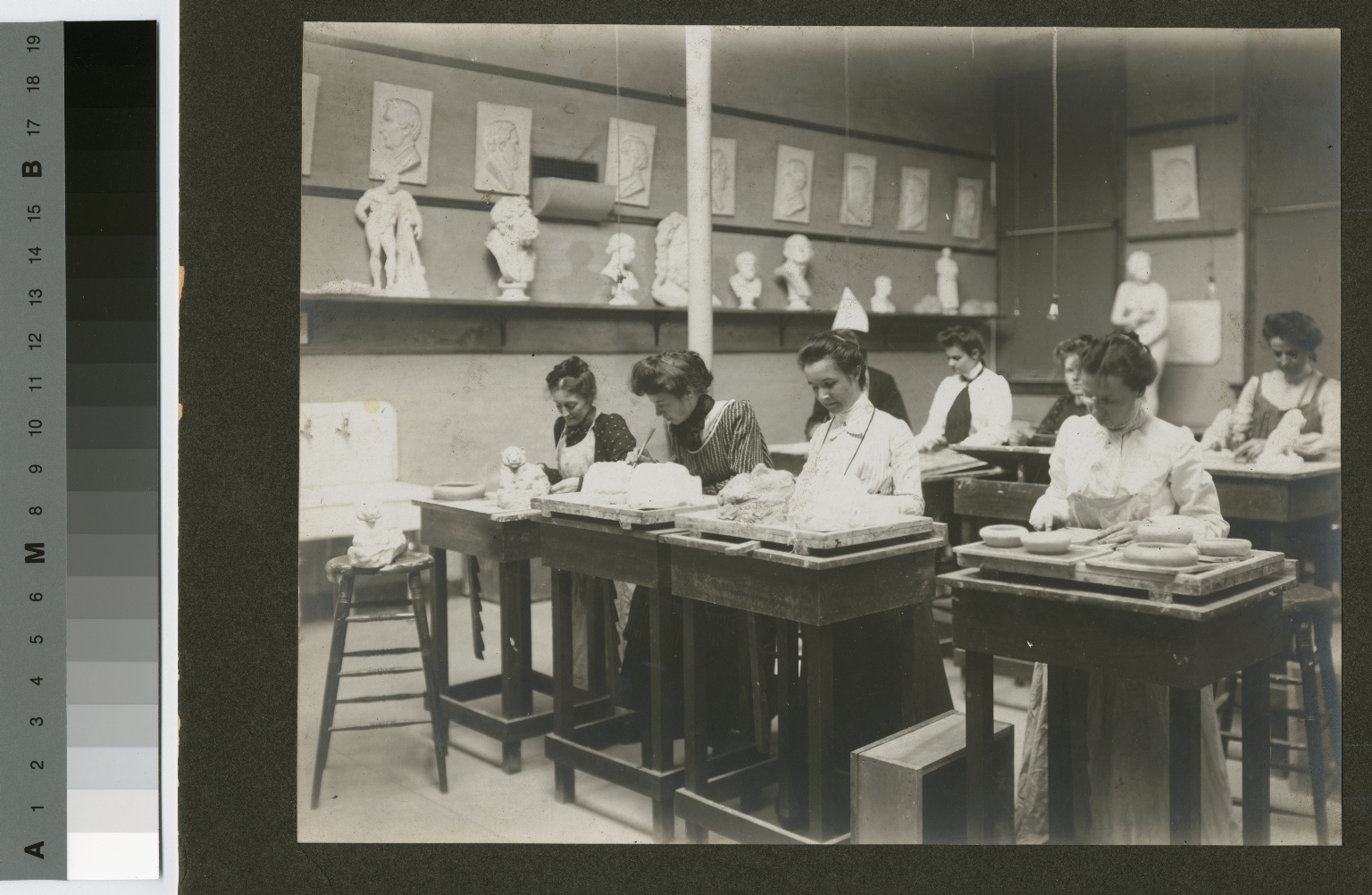 Students working with modeling clay, Department of Industrial and Fine Arts, Rochester Athenaeum and Mechanics Institute