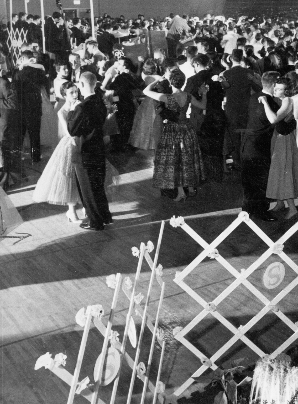 Downtown Campus, Formal Dance
