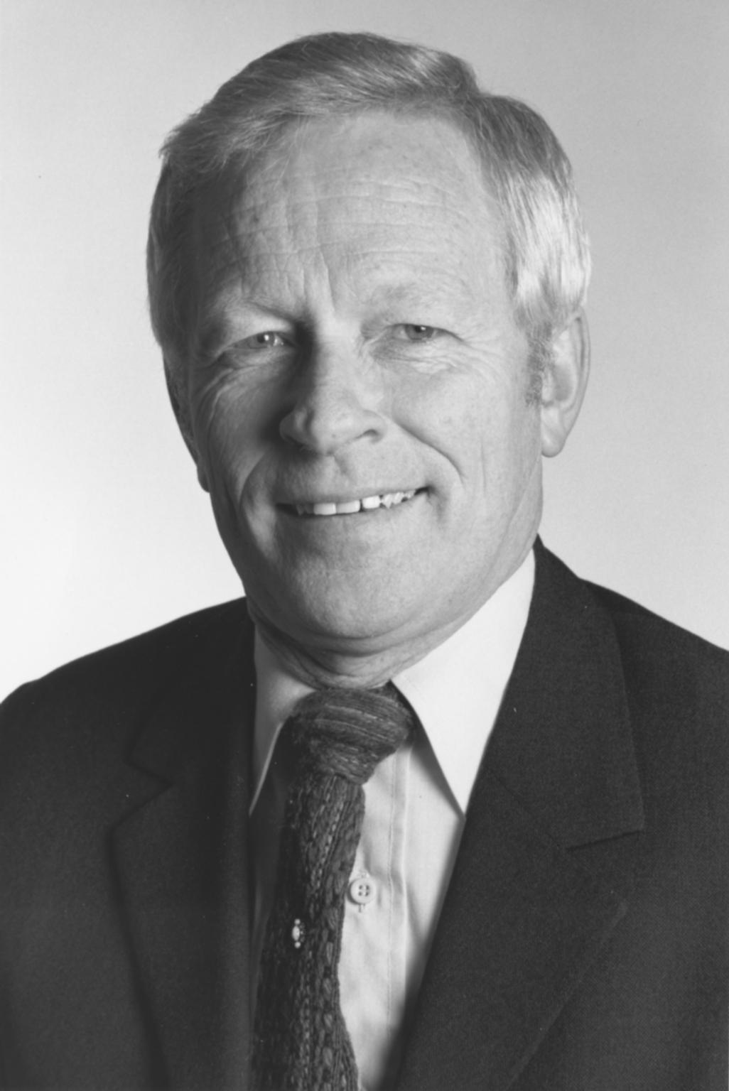 Dr. William E. Castle