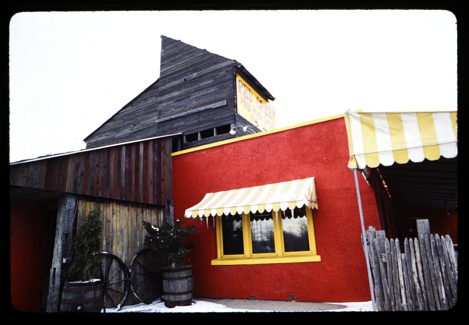 Red Creek Inn