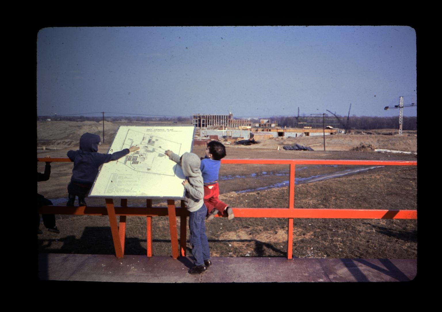 Children at observation deck
